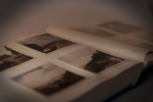 photo-album-235603_640