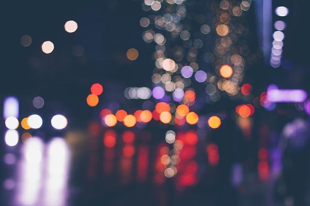 lights-801894_640